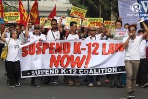 K12-petition-rally-SC-20150312-001_21328721DECB485A85E1089E1E68AA0B (1)