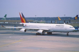 photo credit: 18ey - Philippines Airbus A340-211; F-OHPI@FRA;01.04.1998 via photopin (license)